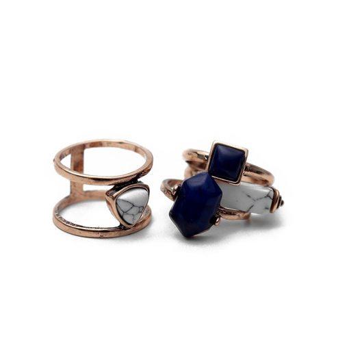 bague avec pierre bleu